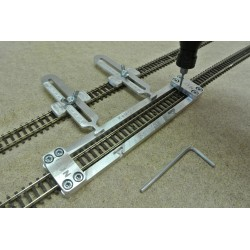 N/F/L150/C1, Track Laying Template Straight 150mm for Flex Track N FLEISCHMANN + 2 adjustable couplings